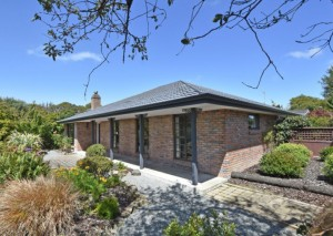FOR SALE 173 Queens Drive, Invercargill